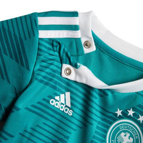 Germany 2018-2019 Baby Kit  BR7841  -  55.12 Teamzo.com f464d7922