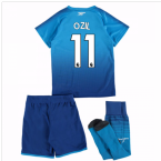 2017-18 Arsenal Away Mini Kit (Ozil 11)
